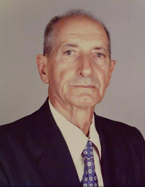 Foi eleito o agricultor João Sétimo Ferrari como Presidente.