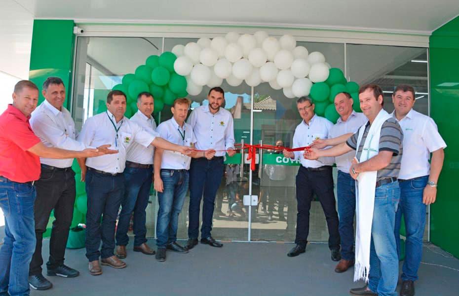Em 12 de novembro houve a inauguração do supermercado em Taquaruçu do Sul e reinauguração da agropecuária.